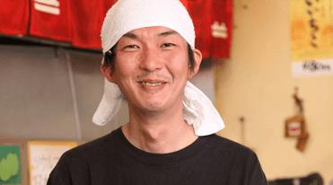 大阪の堺東・阿倍野にある、こだわり餃子ともつ鍋のお店「博多名物 鉄なべ」 スタッフ写真